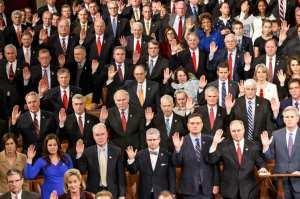 06-114th-congress-swear-in.w529.h352.2x